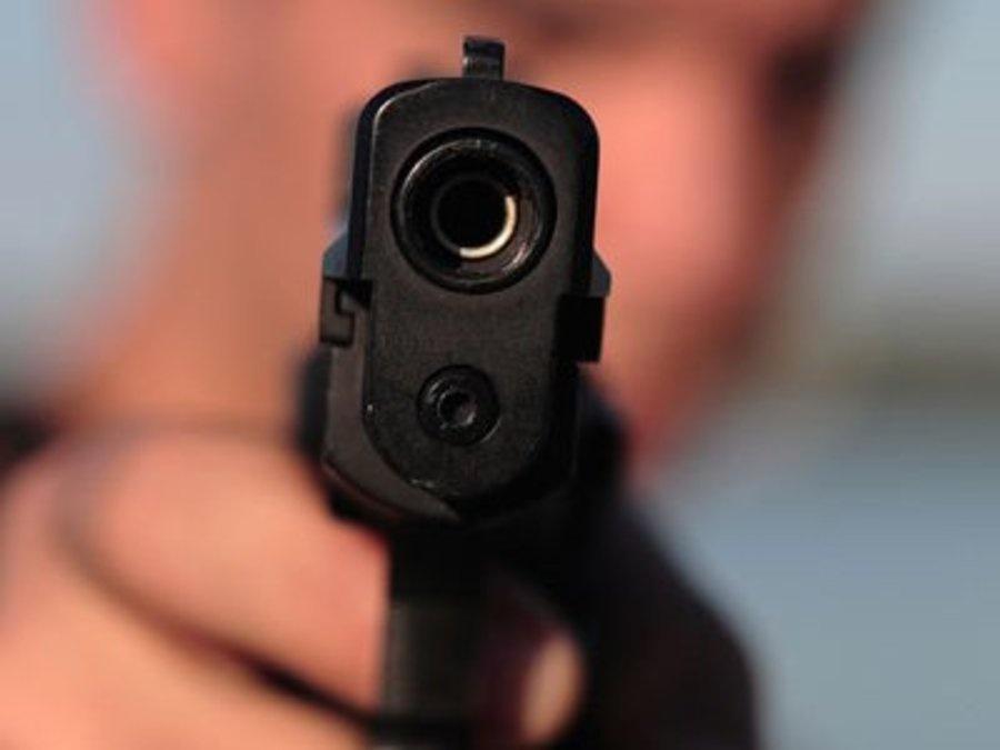 Впоселке Нефтебаза отыскали тела 2-х пожилых людей - один согнестрельным ранением рта