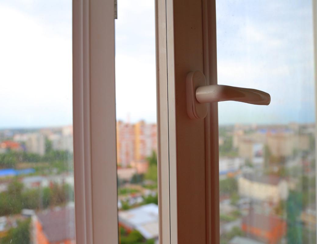 ВКазани следователи разбираются всмертельном падении ребенка с9 этажа