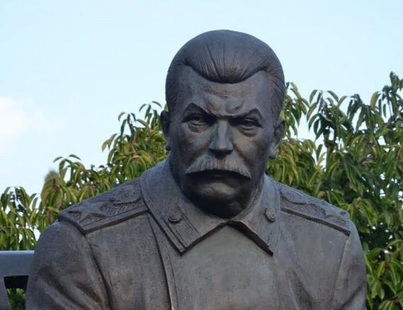 ВЗеленодольске посоветовали установить монумент Сталину