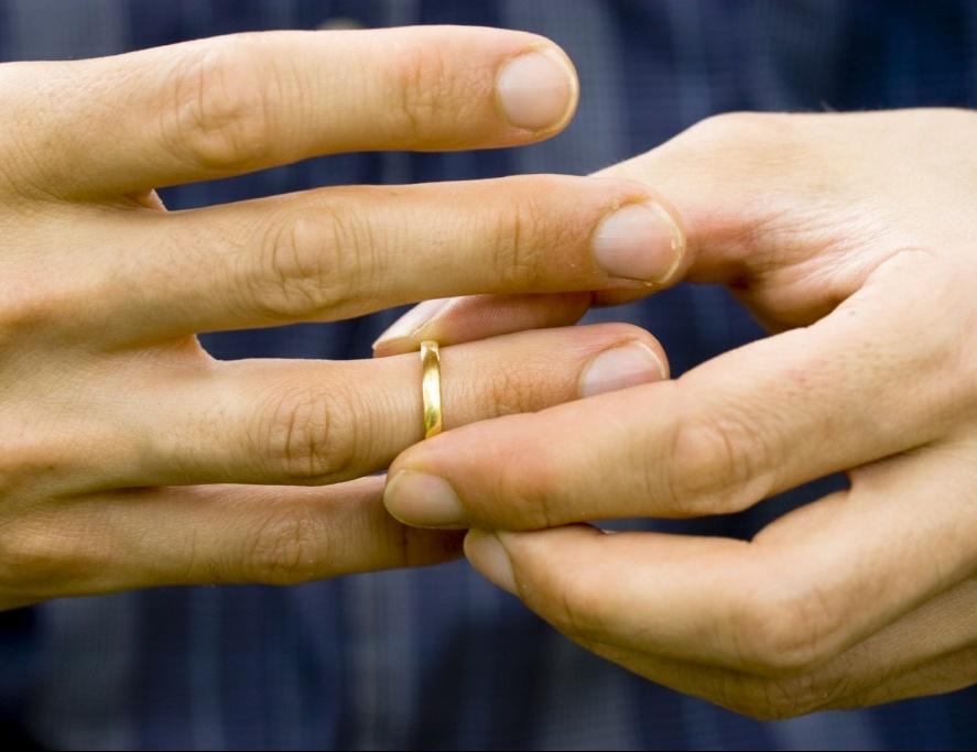 Депутат государственного совета РТпредлагает запретить разведенным жениться повторно