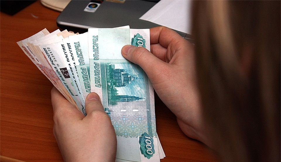 ВТатарстане в будущем году  заработную плату  бюджетникам поднимут  на14%