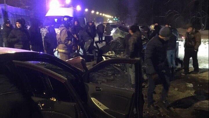 ВТатарстане случилось ДТП, вкотором столкнулись 5 машин, два человека погибли