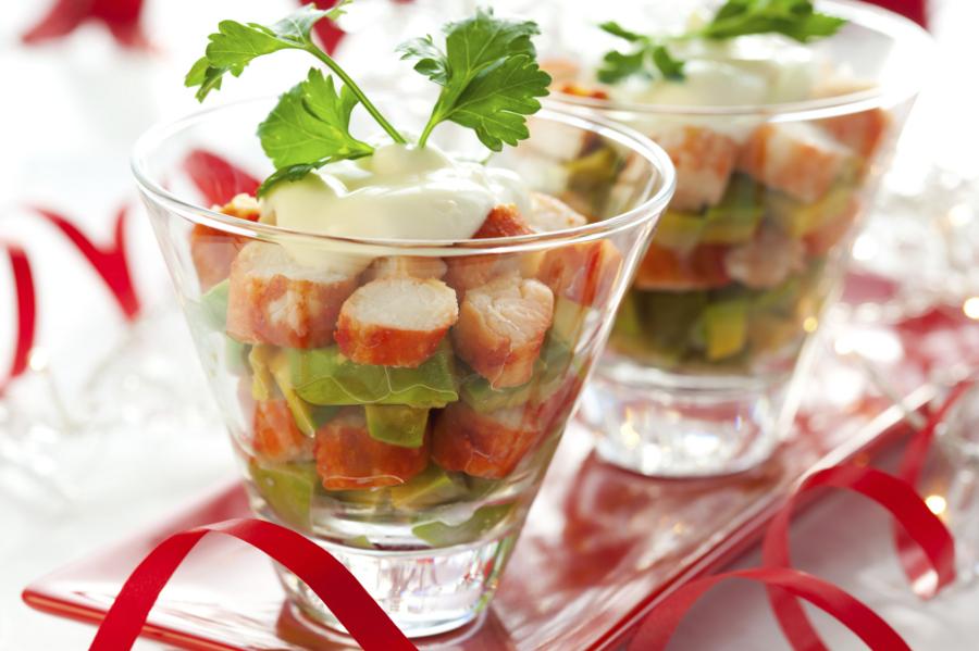 Новогодний крабовый салат