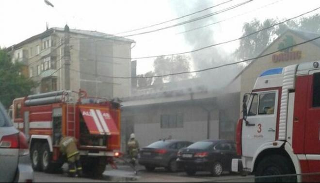 Новости  - В Казани произошел пожар в торговом комплексе на проспекте Ямашева
