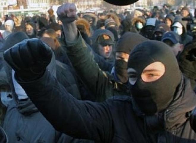Зачинщиков массовой драки на Баумана судят за экстремизм