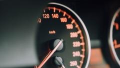 На улице Чистопольской в Казани ограничили максимальную скорость