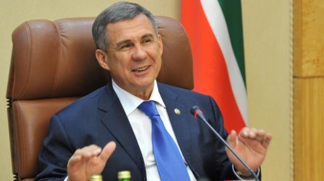 Рустам Минниханов поздравил жителей республики с государственным праздником