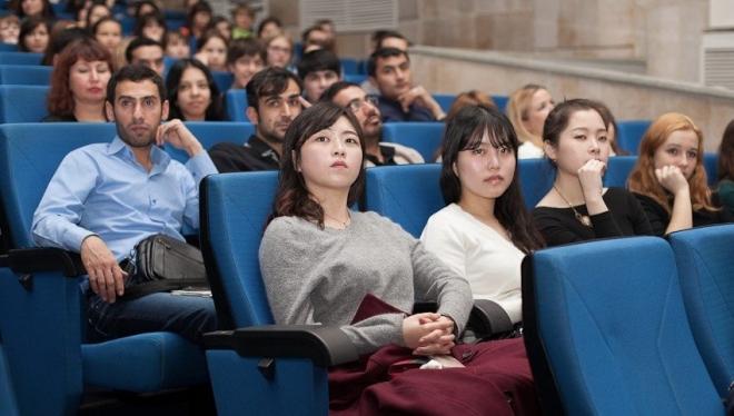 Впервые всех иностранных студентов КФУ заселили в Деревню Универсиады