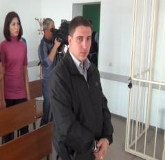 Новости  - Экс-майор полиции, пытавший женщину карандашом, получил приговор
