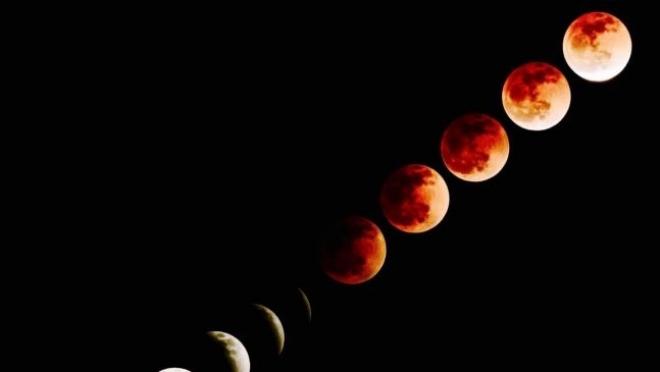 Новости  - Прошлой ночью казанцы наблюдали лунное затмение