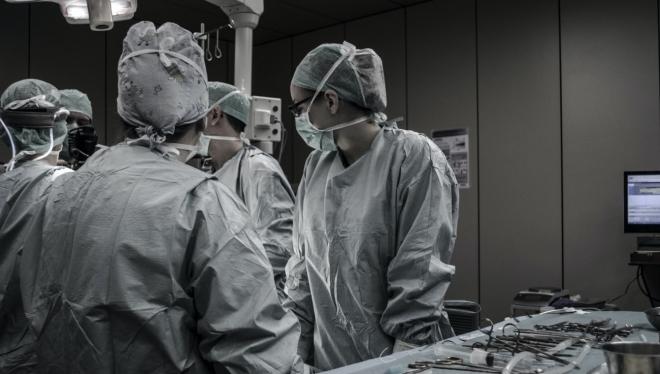 Почти 13 тысяч новых случаев заболевания COVID-19 зафиксировано по стране