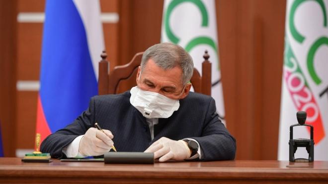 Рустам Минниханов поздравил жителей республики со столетием ТАССР