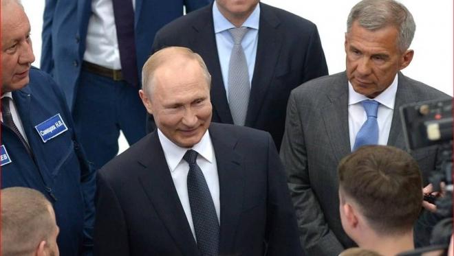 ВЦИОМ определил уровень доверия россиян к политическим лидерам