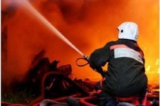 В Елабуге от огня спаслись девять человек, а в Новошешминске заживо сгорел мужчина