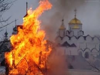 СК РТ: по обвинению в поджоге церквей проходят 15 членов преступной группировки