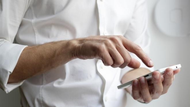 Новости  - В России повысились тарифы на мобильную связь