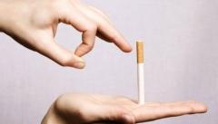 В России сокращается количество курящих людей