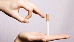 Новости Медицина - В России сокращается количество курящих людей