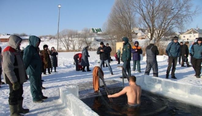Новости  - В Крещение в Татарстане в холодной воде искупались более 11 тысячи человек