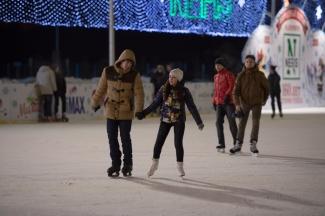 Возле «Казань Арены» открылся каток на 2 тысячи человек