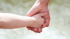 В Казани зарегистрировано рождение 215 мальчиков и 217 девочек