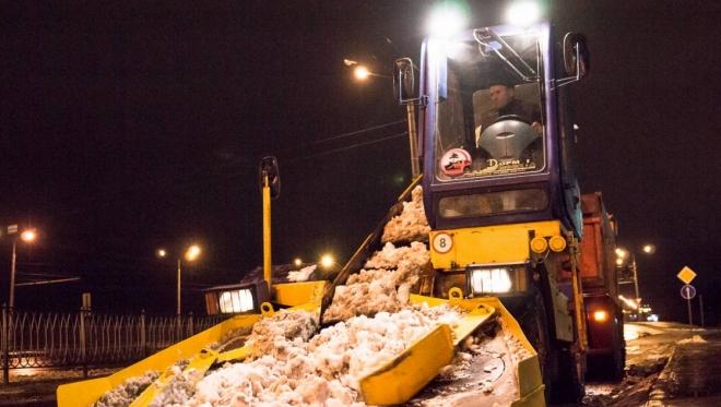 В Казани дорожные службы города готовы к сезону