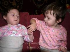 Новости  - В Казани собирают деньги на лечение двухгодовалых близняшек