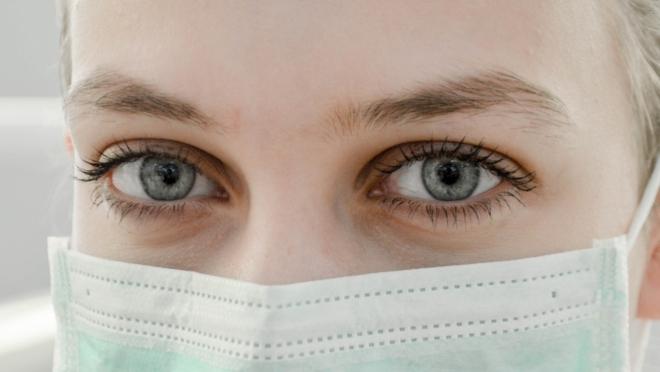 В Роспотребнадзоре дали рекомендации по использованию масок