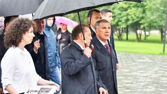 Новости  - Президент РТ открыл в Нижнекамске обновленную площадь им. Лемаева