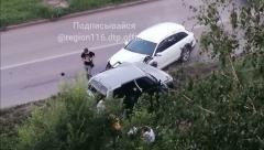 Новости Происшествия - В Казани три студентки попали в ДТП. Девушек госпитализировали