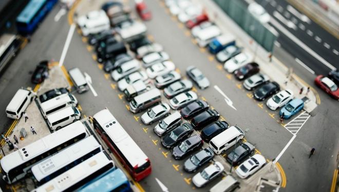 Сегодня парковки города работают бесплатно