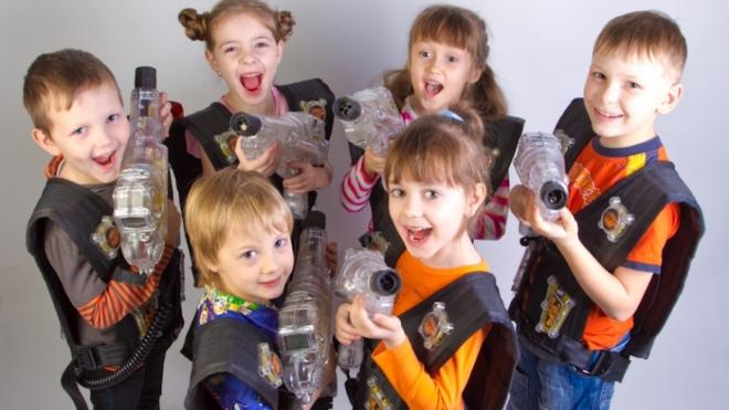 Для школьников Казани откроются двери лазерной школы