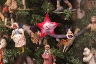 Билет в музей в обмен на елочную игрушку: в Казани стартует акция «Наряди елку!»