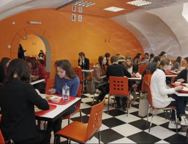 Школьный ресторан вместо столовой