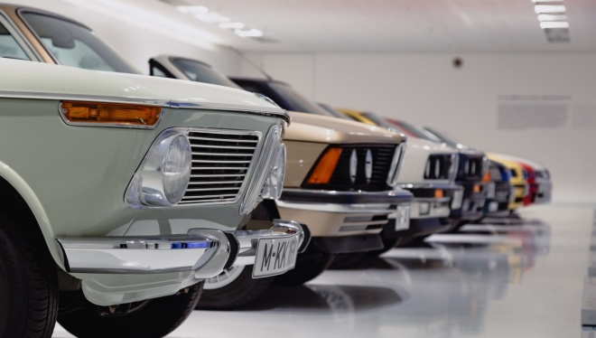 В России подорожали автомобили премиального класса