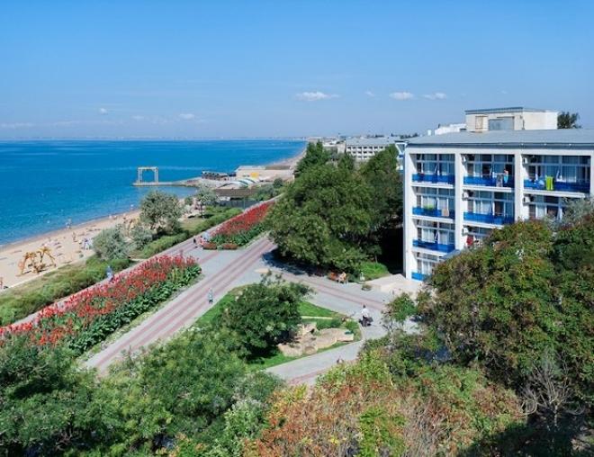 Саки — лучшее место в Крыму для отдыха в оздоровительном формате