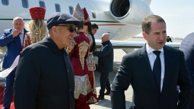Новости  - В Казань прибыл Михаил Бабич с рабочим визитом