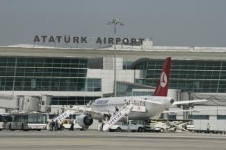 В эпицентре взрыва в турецком аэропорту оказались 15 детей из Татарстана