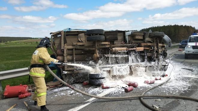 На трассе М-7 в Татарстане столкнулись две грузовые «газельки»