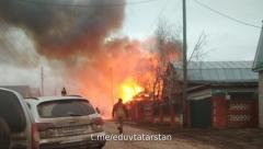 В селе Нижние Шитцы произошёл серьезный пожар