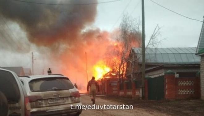 Новости  - В селе Нижние Шитцы произошёл серьезный пожар