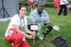 Новости  - В деревне Универсиады студенты заложили Аллею Дружбы