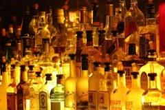 Новости  - В казанском кафе гостей поили самопальным алкоголем