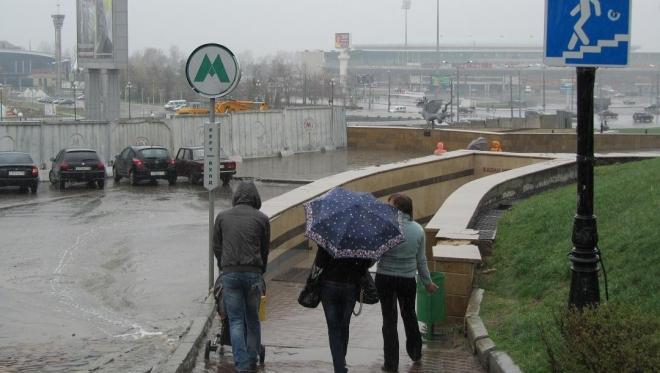 Синоптики предупреждают о локальном сильном дожде и грозах