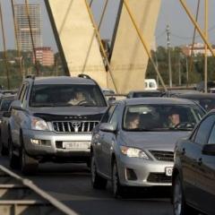 Новости  - Преждевременные  работы на мосту «Миллениум» спровоцировали транспортный коллапс