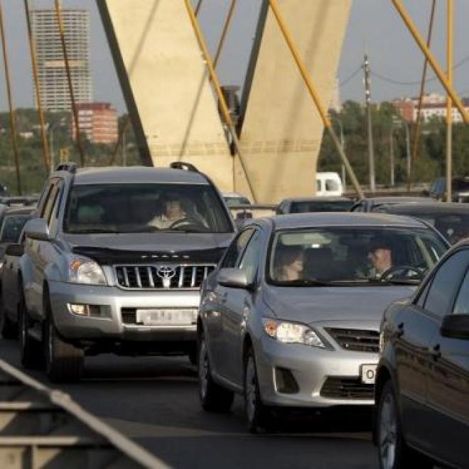 Преждевременные  работы на мосту «Миллениум» спровоцировали транспортный коллапс