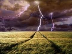 Новости  - 23-летний житель Татарстана погиб от удара молнии в субботу
