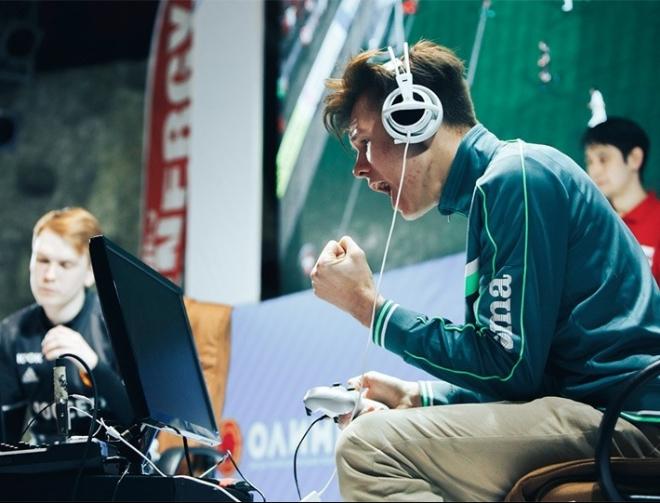 Кто выиграет чемпионат по киберфутболу в Казани