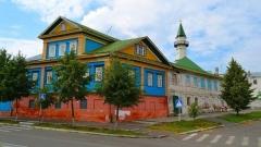 В Старо-Татарской слободе теперь можно поездить на электрокаре