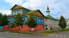 Новости  - В Старо-Татарской слободе теперь можно поездить на электрокаре